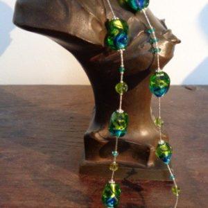 Parure perles bleues et vertes...