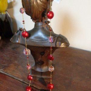 Sautoir perles rouges dichroiques et feuille d'or
