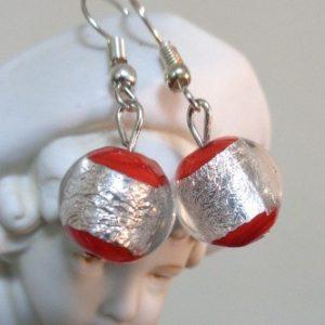 Boucles d'oreilles rouges et feuille...