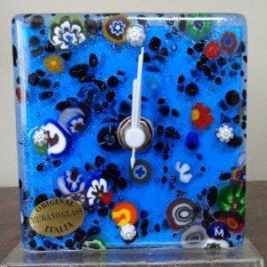 Horloge bleu indigo en verre de Murano