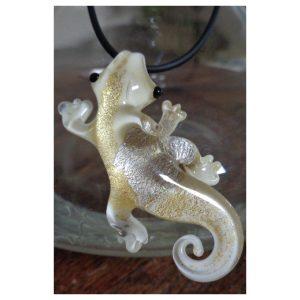Salamandre ivoire feuille d'or et...