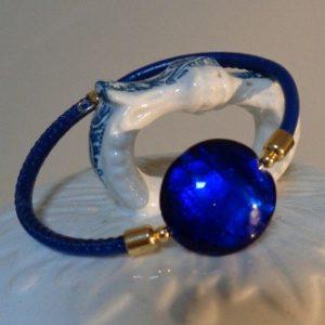 Bracelet perle bleu roi avec feuille d'argent
