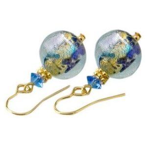 Boucles bleues dichroiques et feuille...