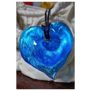 pendentif coeur bleu et feuille...