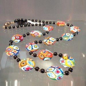 Collier de perles murrines millefiori rondes plates